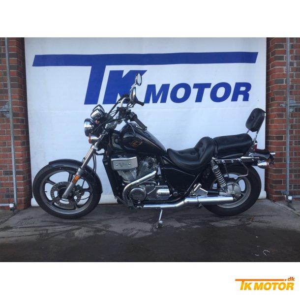 HONDA VT 700